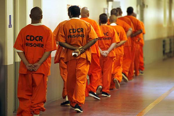 کمک به موسسه خیریه برای آزادی زندانیان غیر عمد